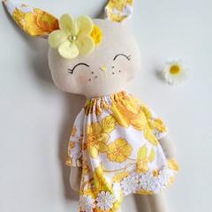 Ruby Rabbit - Sunshine and Daisies