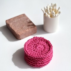 Re-usable face scrubbies. 100% Australian Cotton. Thick and strong.