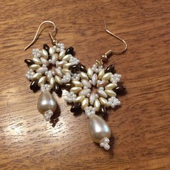 """Beaded """"snowflake"""" earrings"""