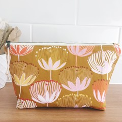 Large Pouch- King Protea