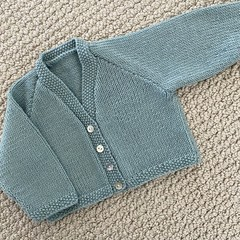 Aqua v neck cardigan size 0-3 months  hand knitted