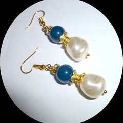 Apatite and Czech glass pearls with gold rhinestone rondels