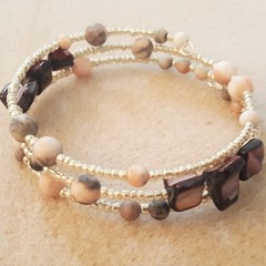Matt pink jasper, mulberry mother of pearl and silver seed bead bracelet
