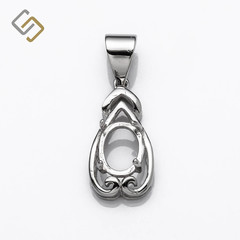 Decorated Oval Pendant in Sterling Silver for 6x8mm stones
