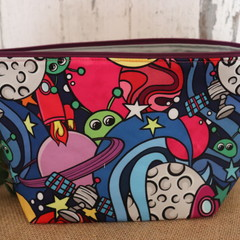 Toiletry bag- Out of this world