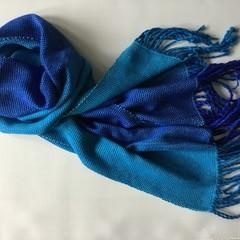 Scarf or shoulder wrap