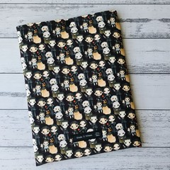 The Addams Family padded book sleeve. Booksleeve with closure.