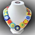Colourful button necklace - Shape Fun