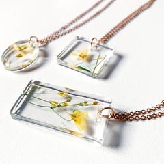 YELLOW flower pendants / real flower pendants / resin floral pendant