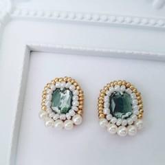 Beads earrings, Beads stitch earrings, Beads stud earring, Glass beads,