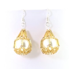 Golden Star | Netted Pearl Beads