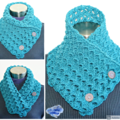 Lace Pine Green crochet cowl  with wooden buttons