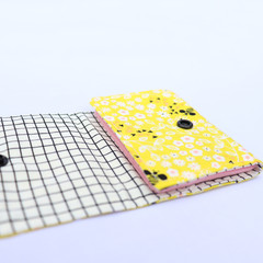 Cotton and Felt 6 Page Needle Book - Bumblebee