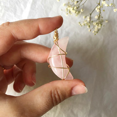 Rose Quartz moon pendant - Gold