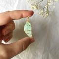 Green Calcite pendant - Gold