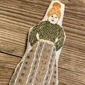 MINI POCKET DOLL in green knit jumper