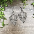 Russian Leaf macrame earring grey silver bead