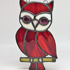 Feeling Wise // Owl Stained Glass Suncatcher 17x10cm