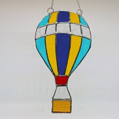 Sky Dreamer // Hot Air Balloon Stained Glass Suncatcher 21.5cmx11.5cm