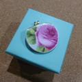Royal Albert Old English Rose Broken China Pendant   #149