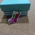 Royal Albert Old Country Roses Broken China Brooch   #144