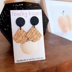 Marbled Peach - Medium Scallop