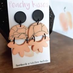 Marbled Peach - Semi circle and fan drop