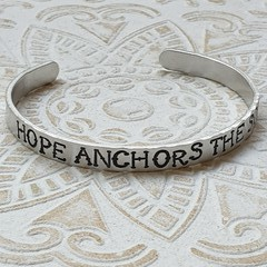 Cuff Bangle 'HOPE ANCHORS THE SOUL'