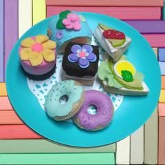 FELT FOOD LITTLE CAKES HIGH TEA PICNIC