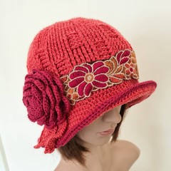 Winter hat, woman hat, cloche style hat, vintage look hat