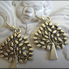 tree design earrings  silver tone