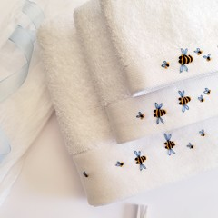 Hand-Embroidered Bumble Bee Baby Cotton Bath Towels Set