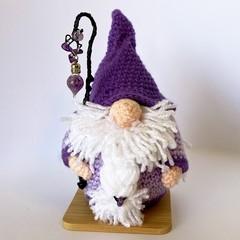 Amethyst Crystal Wizard amigurumi model