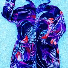 Girls Purple Floral SWIM ROBE with WATERPROOF back Size 10