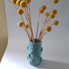 Ceramic 'flower button' vase - blue, stoneware