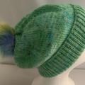 Unisex adult hand-knit 80% AUS-ALPACA-20% AUS-MERINO pom-pom slouch-beanie 1/2
