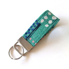 Fabric Keyring - GREEN, abstract dots