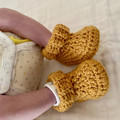 NEWBORN BABY BOOTIES, Unisex baby, Newborn bootees, Baby gift, baby shower gift