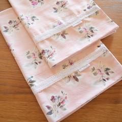 2x Matching Cotton Pillow Cases - Antique Floral