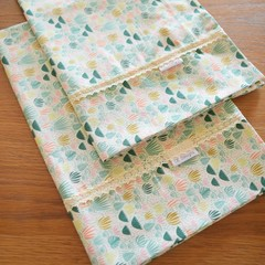 2x Matching Cotton Pillow Cases - Greenery