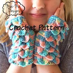 Crochet Dragon Scale Mitts pattern