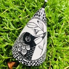 Magpie  Garden bell/ wind chime