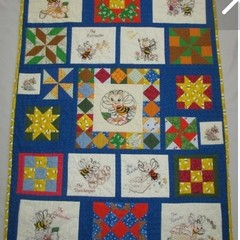 Bee Happy quilt. Hand-made one-of-a-kind quilt. Hand quilted Unisex baby present