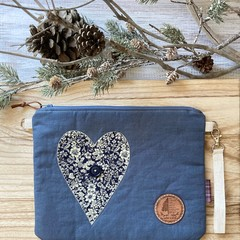 Rustic heart pouch