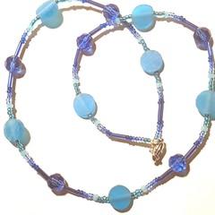 Beautiful elegant blue glassead  necklace