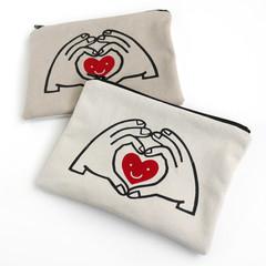 Handmade Zipper Pouch • Hand & Heart • Heart 20x15