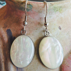 Faux Shell Drop Earrings