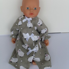 Lovely little nightie to fit mini baby born or small miniland doll 32cm.