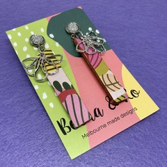 Printed floral stick earrings