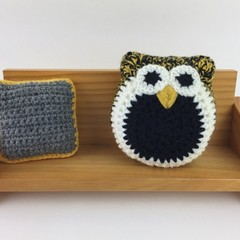Crochet Owl Softie | Soft Toy | Gift Idea | Hand Crocheted | Wool | Black Yellow